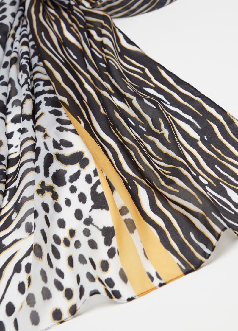 Animal patterned scarf image number null