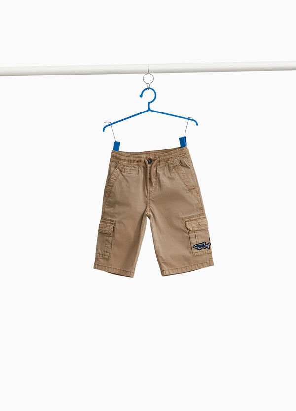 Cotton Bermuda cargo shorts with patch