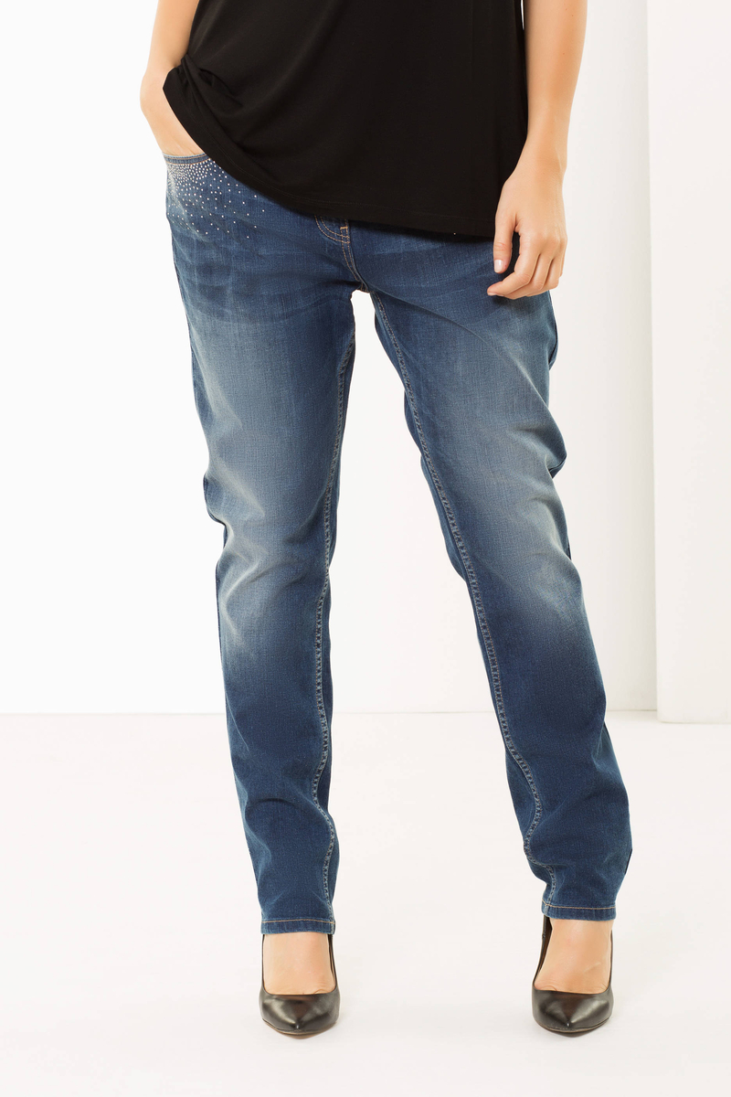 Curvy jeans image number null