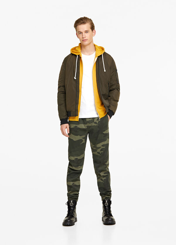 Solid colour crew-neck bomber jacket