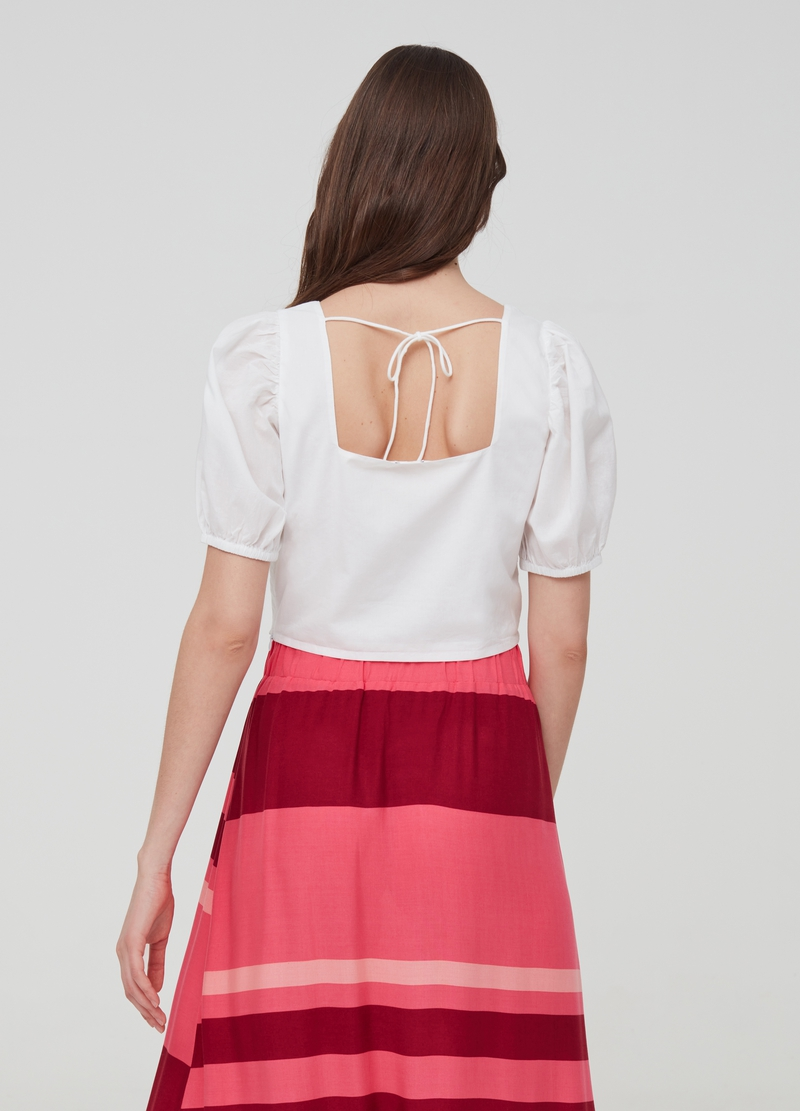 Crop blouse with puff sleeves image number null