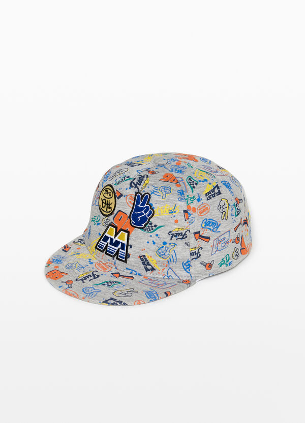 Baseball cap with pattern and patch