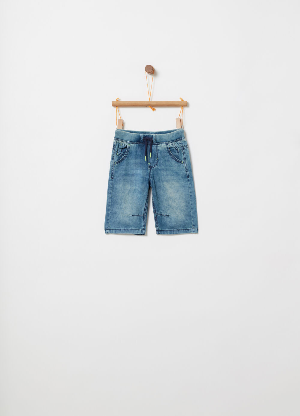 Washed-effect denim shorts with drawstring