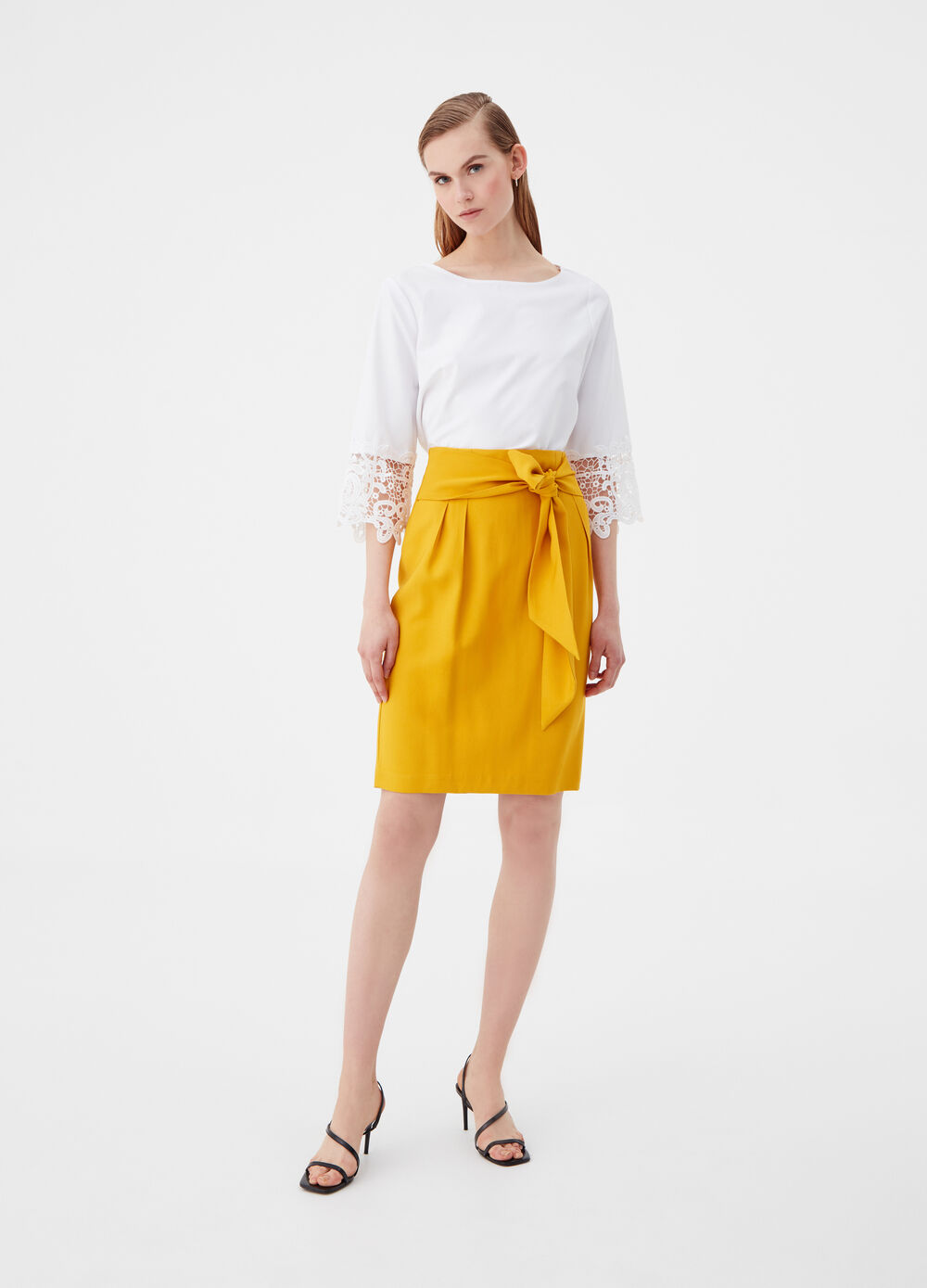 Viscose blend pencil skirt with belt