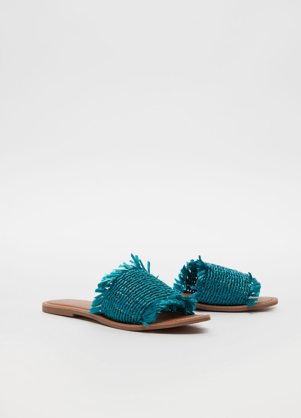 Thong sandals with fringing