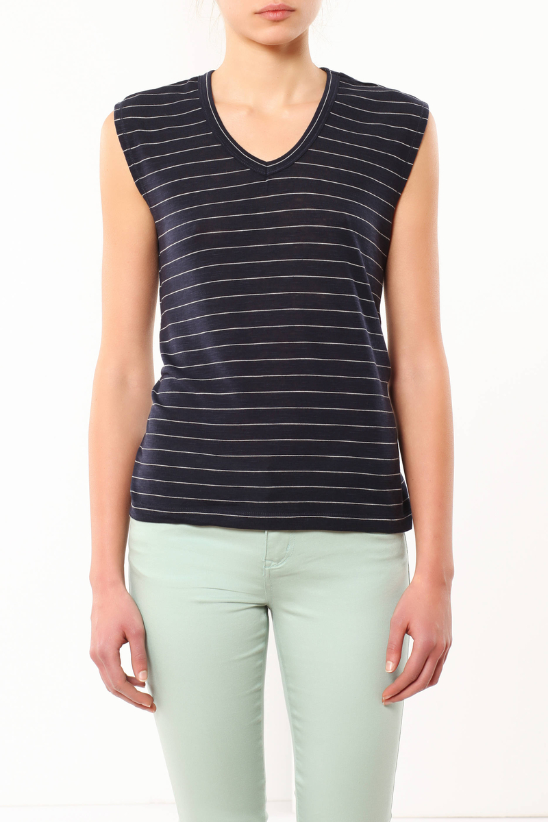 Striped T-shirt image number null