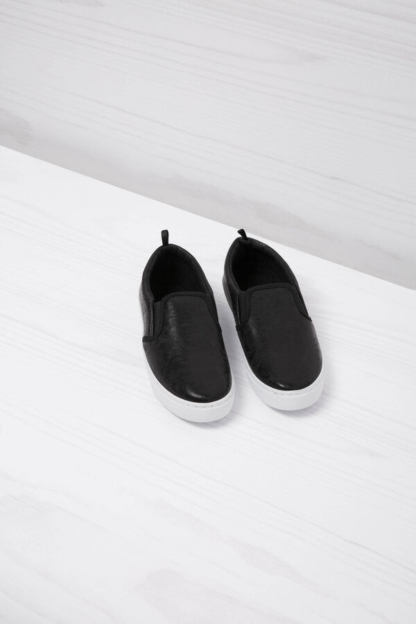 Hammered leather look slip-ons   OVS