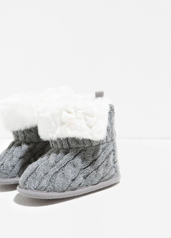 Boots with fur and bow | OVS
