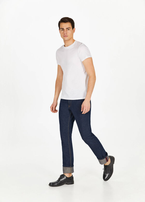 Regular-fit, solid colour jeans with turned-up hems