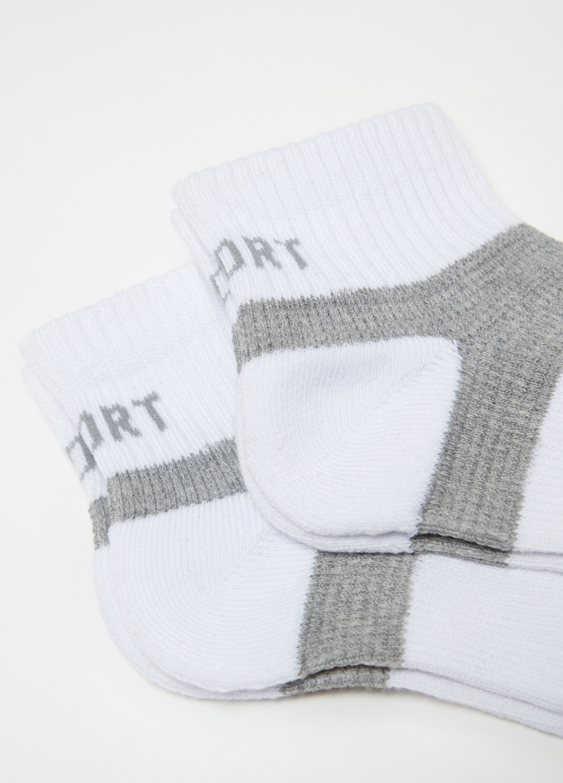 Two-pair pack stretch shoe liners image number null