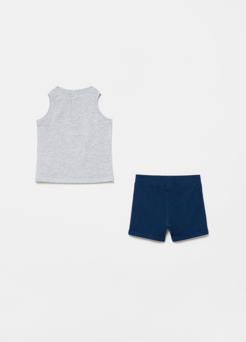 Jogging set consisting of tank top and shorts with lettering print image number null