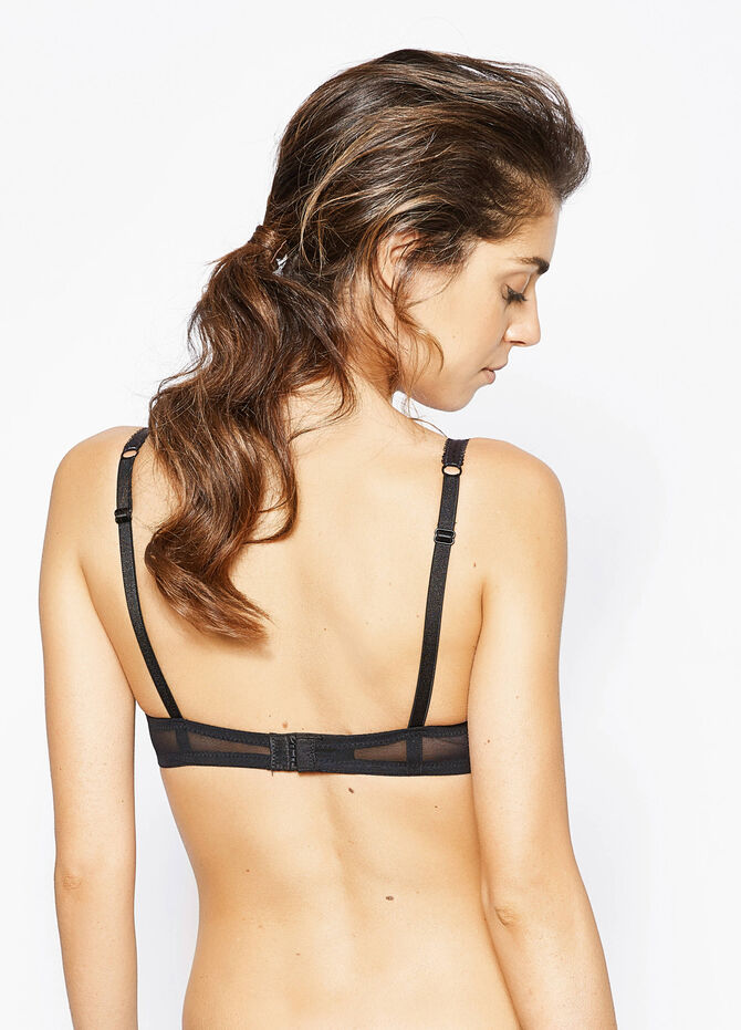 Lace push-up bra with embroidery