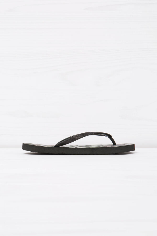 Thong sandals with camouflage print | OVS