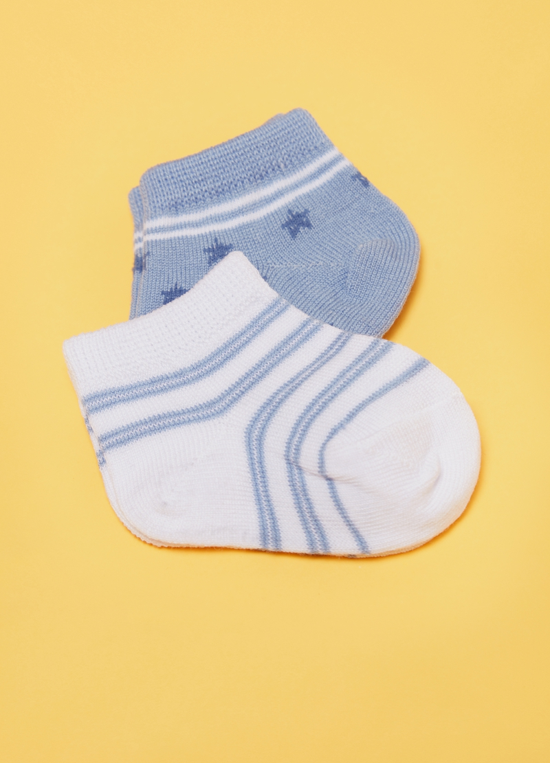 Two-pair pack short socks with stars and stripes image number null