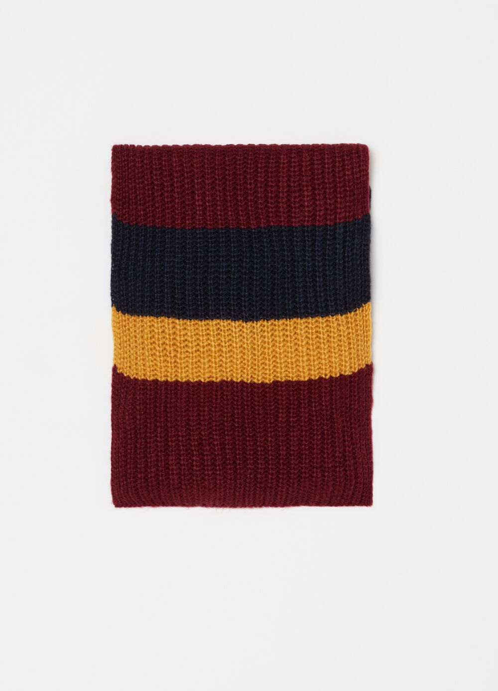 Striped pattern knitted scarf
