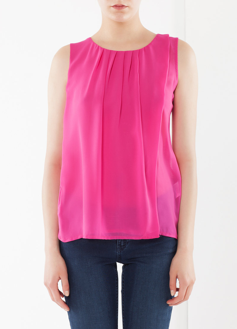 Pleated sleeveless blouse image number null