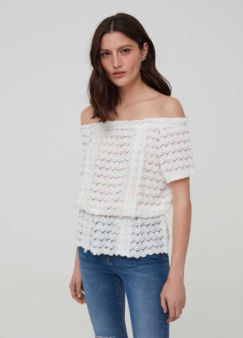 Top with boat neck image number null
