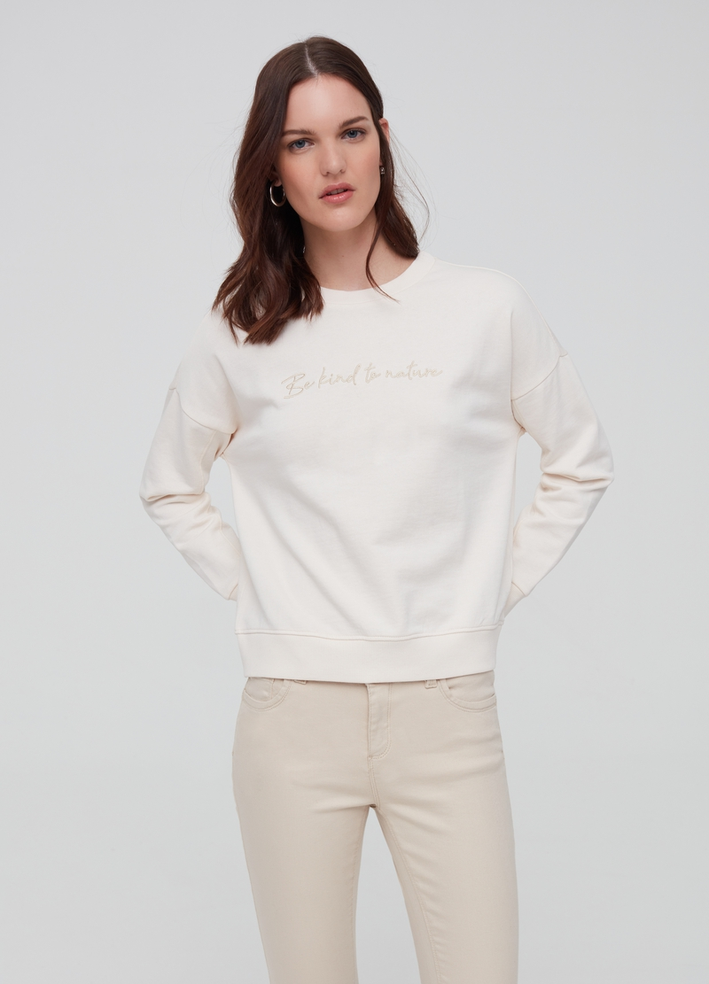 100% organic cotton sweatshirt with embroidery image number null