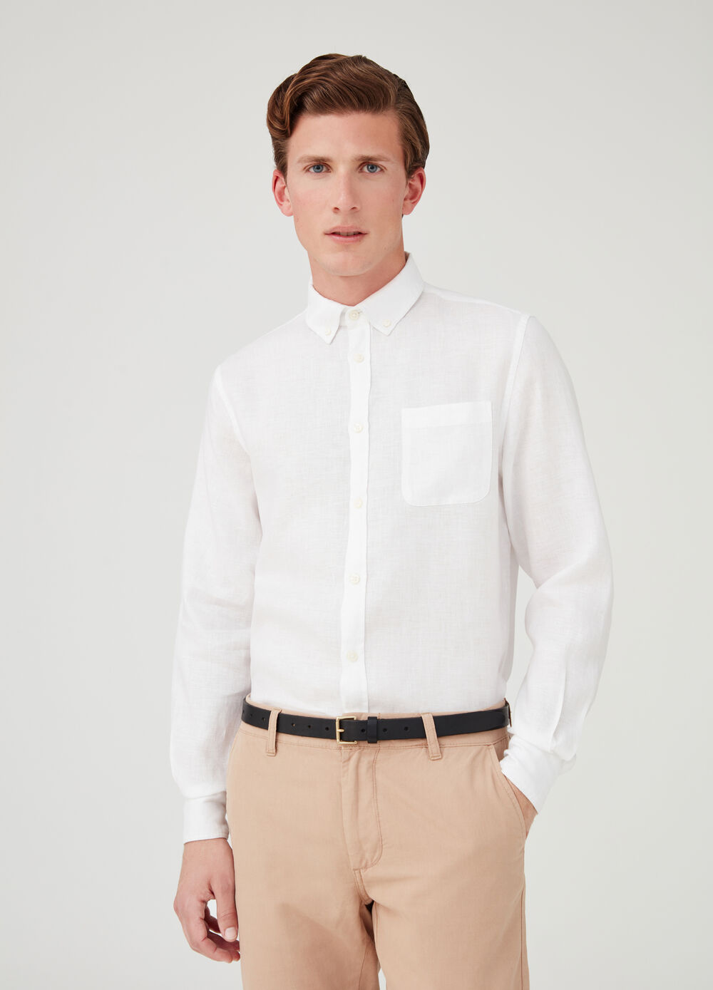 Poplin shirt with cutaway collar