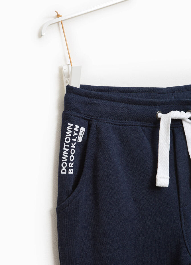 Joggers with lettering print and drawstring