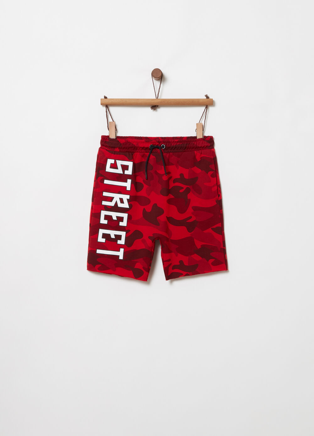 Shorts loose fit con stampa camouflage