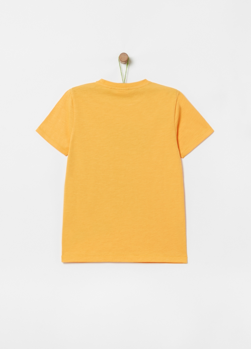 Solid colour T-shirt with palm print image number null
