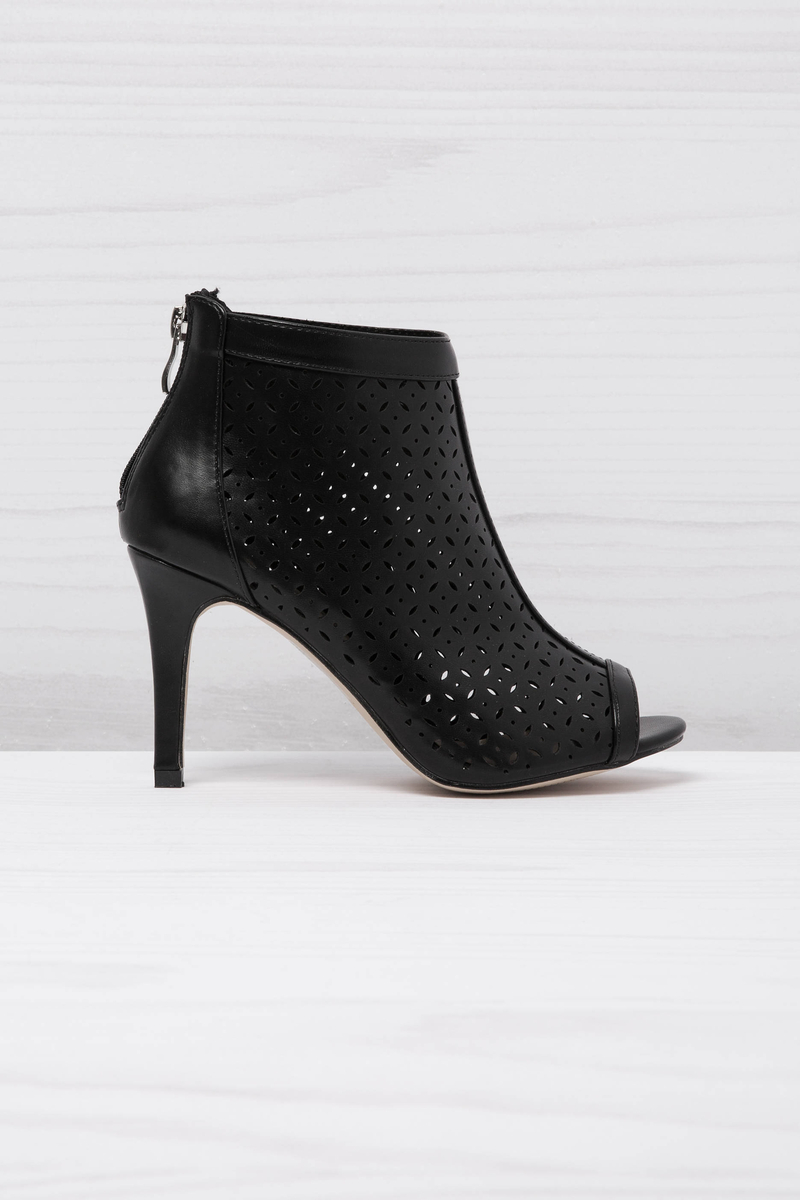 Open-toe openwork ankle boots image number null