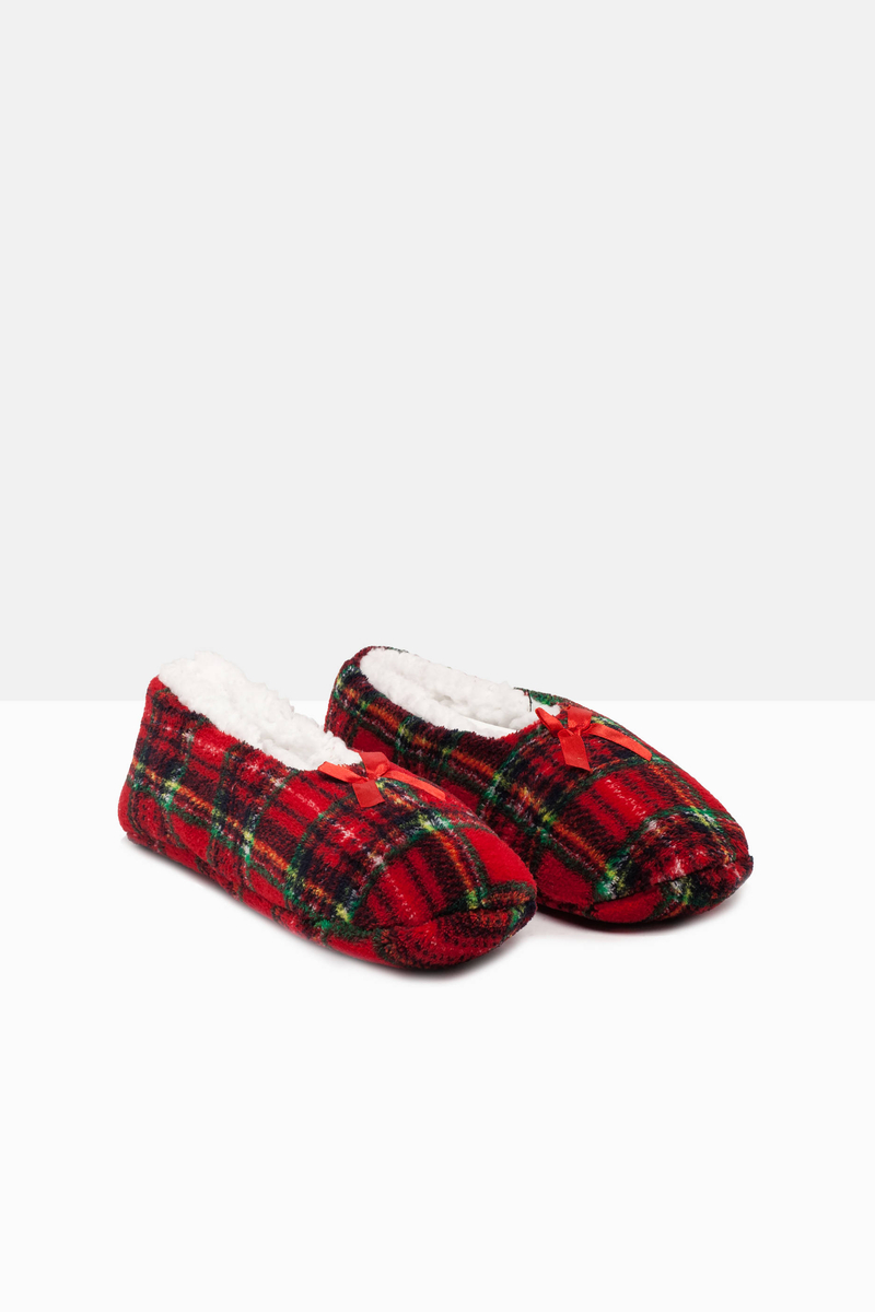 Patterned slippers image number null