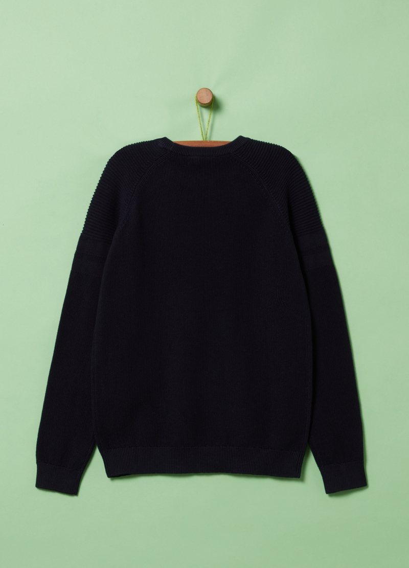 100% organic cotton knitted pullover image number null