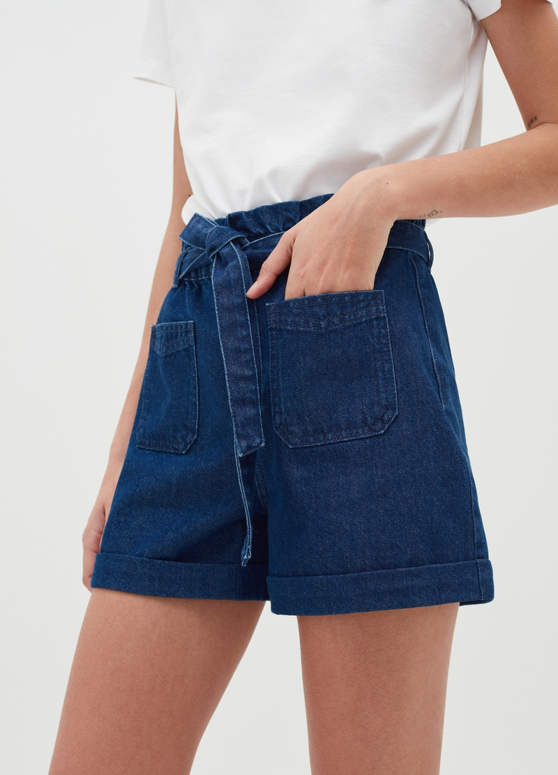 Paper bag shorts in denim with high waist image number null