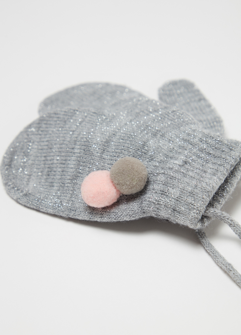 Muffole con lurex e pon pon image number null