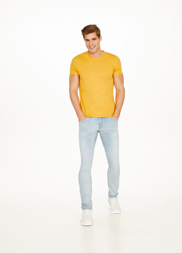 100% cotton T-shirt with raw edges