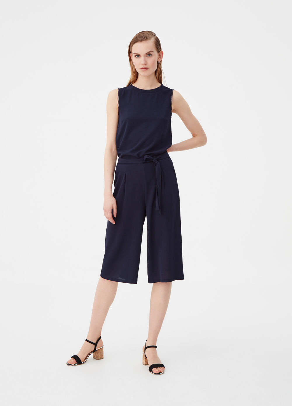 Stretch culotte trousers with belt