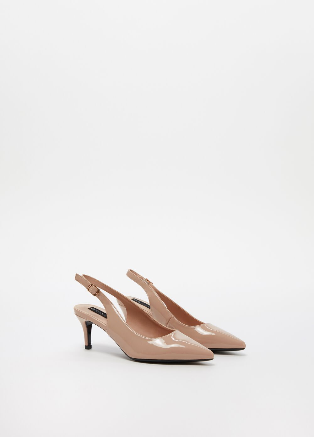 Glossy-effect pointed court shoe with heel