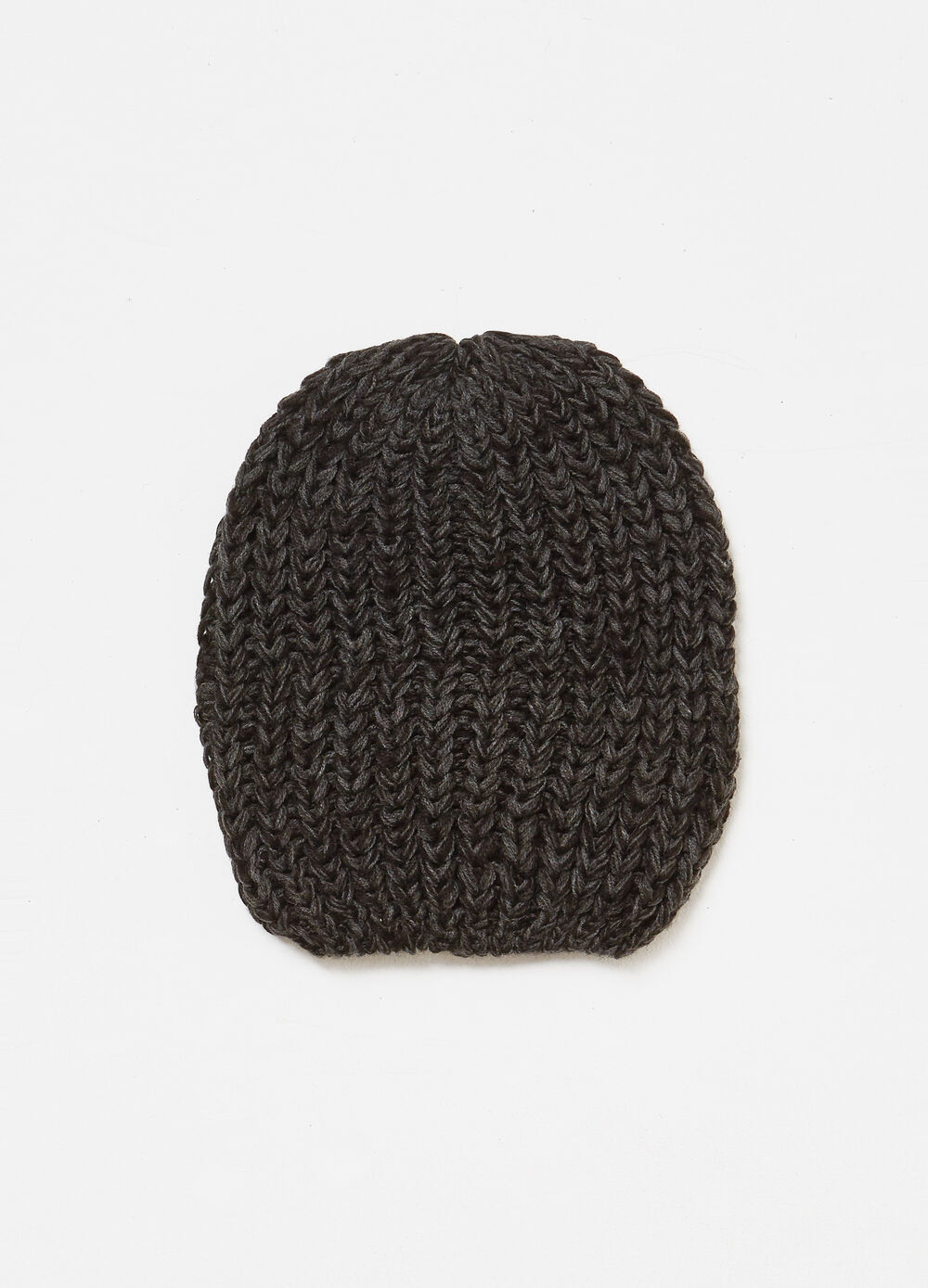 Solid colour ribbed knitted hat