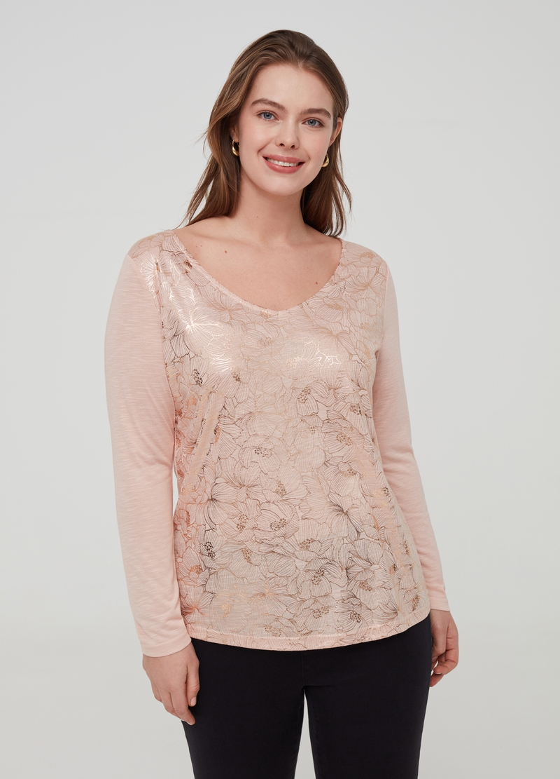 Curvy T-shirt with floral print image number null