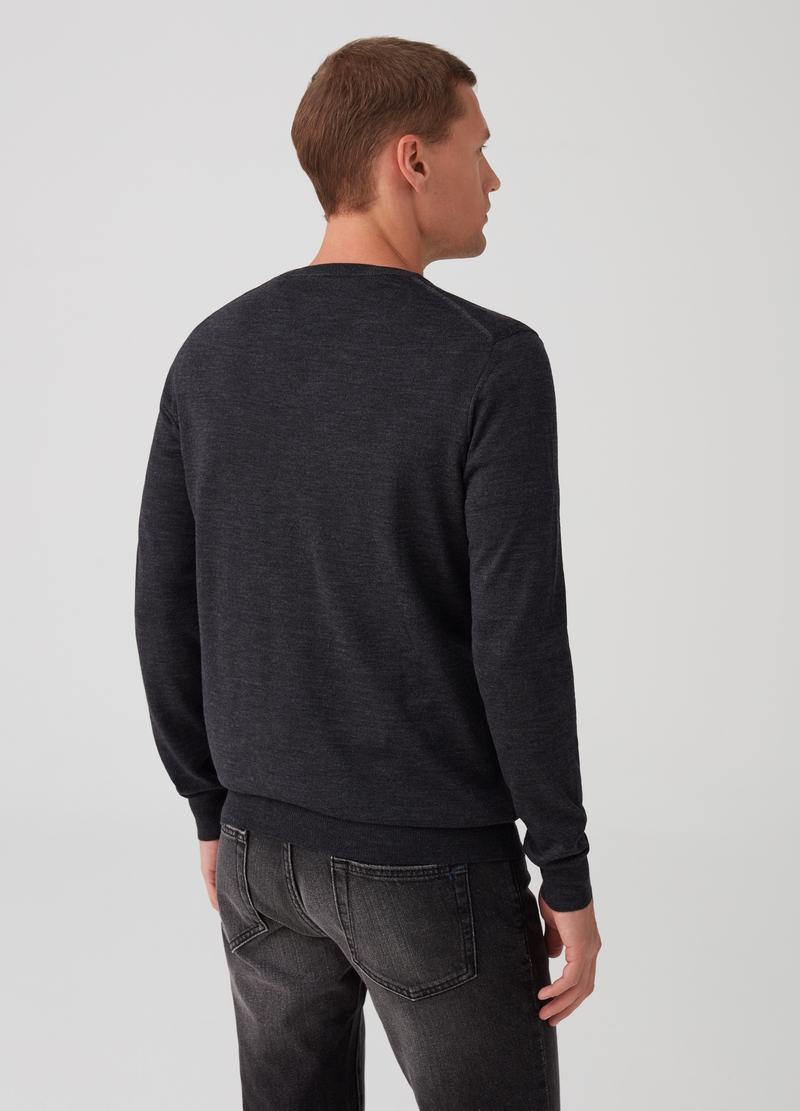 100% extrafine merino wool pullover image number null