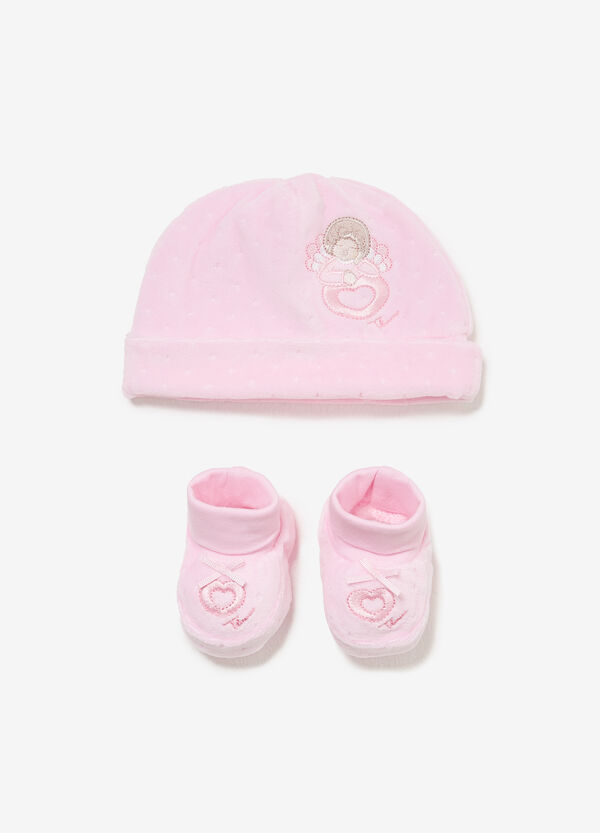 THUN shoes and hat outfit