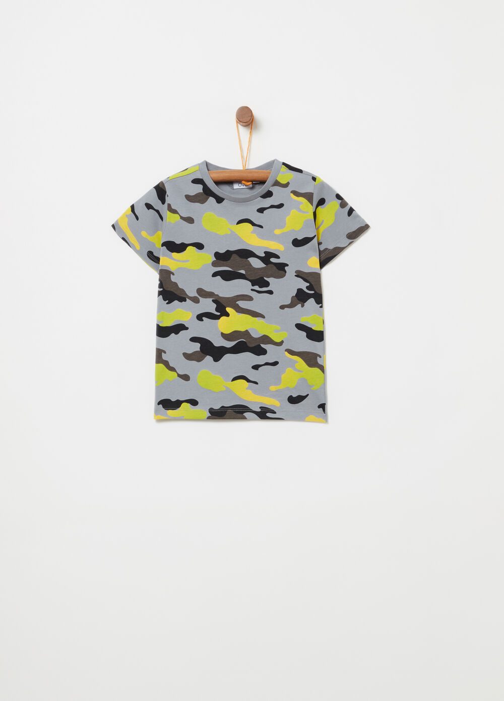 T-shirt con stampa all-over camouflage
