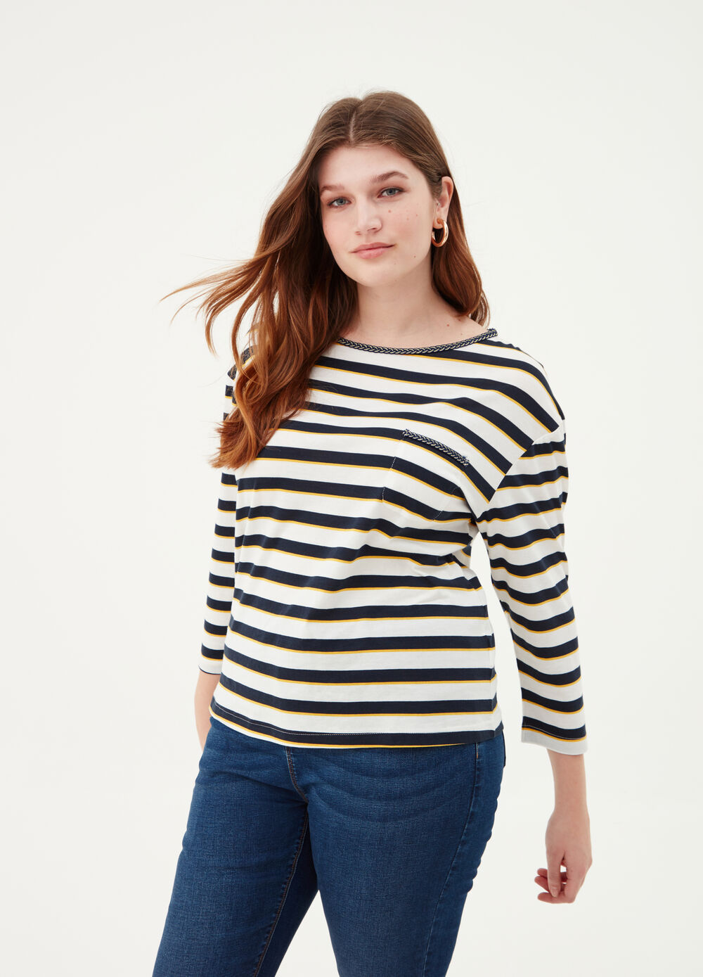 Curvy T-shirt with striped cord insert