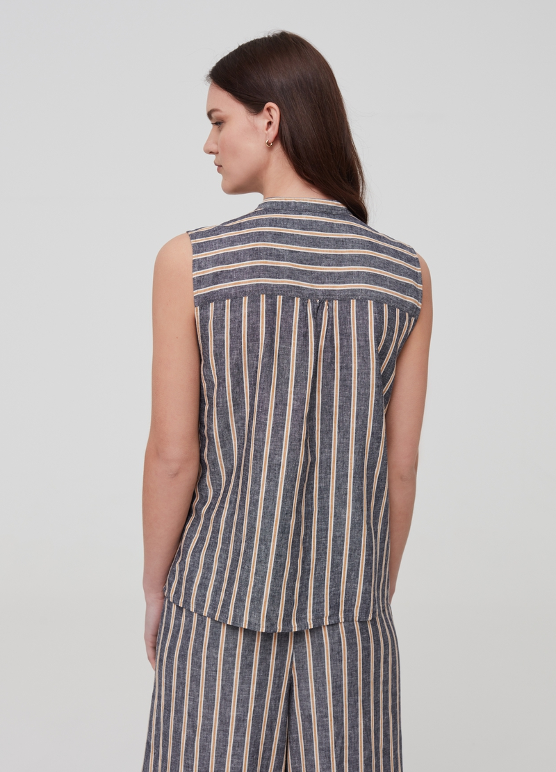 Sleeveless shirt in linen and viscose image number null