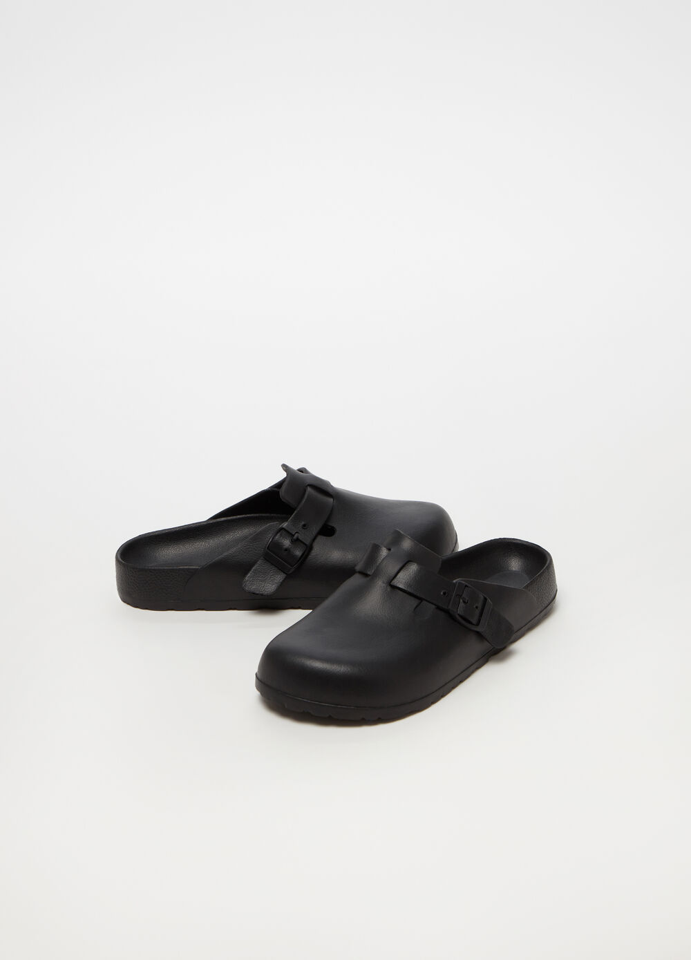 Leather-look clogs with buckle