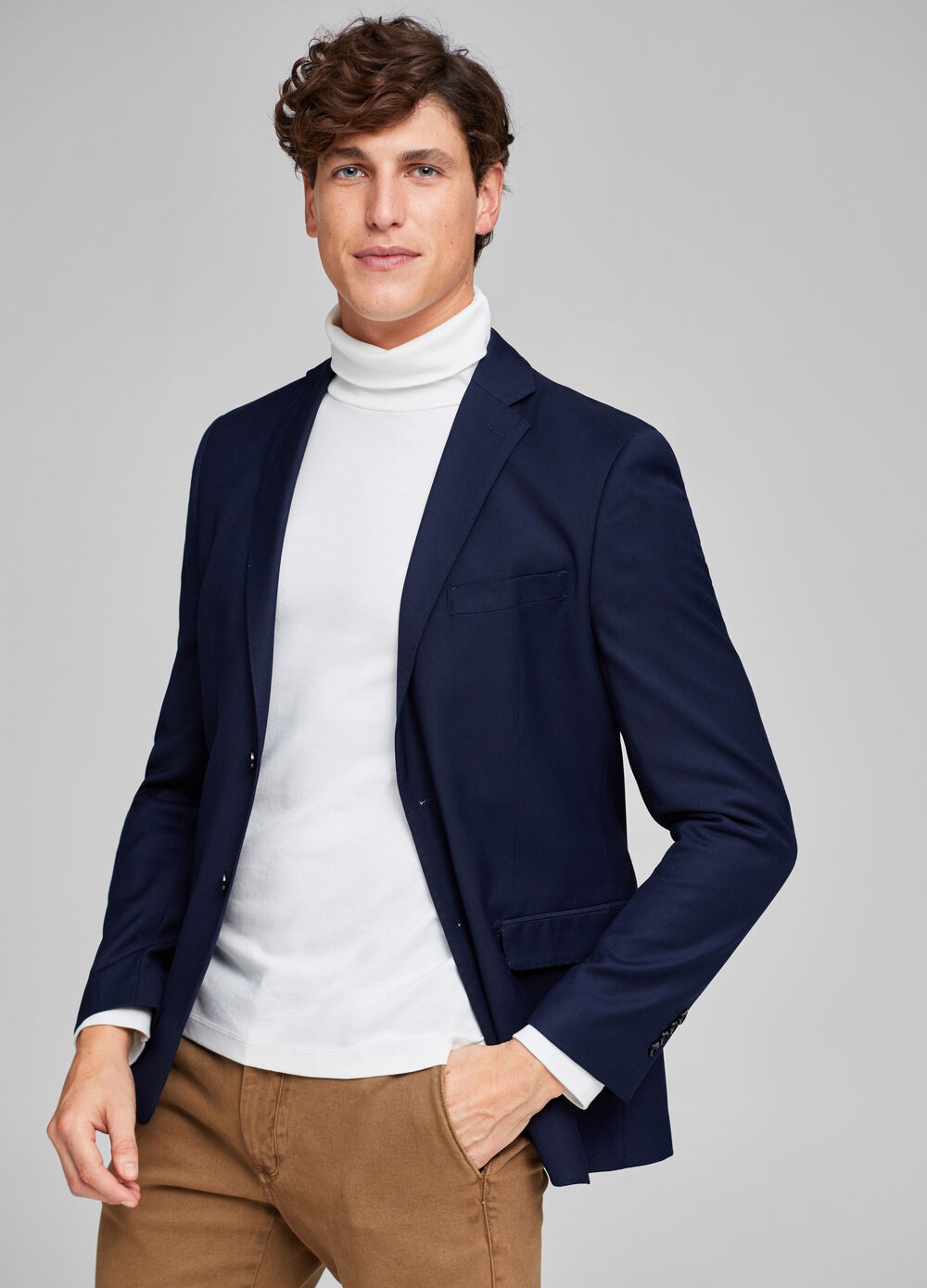 Elegant regular-fit two-button jacket