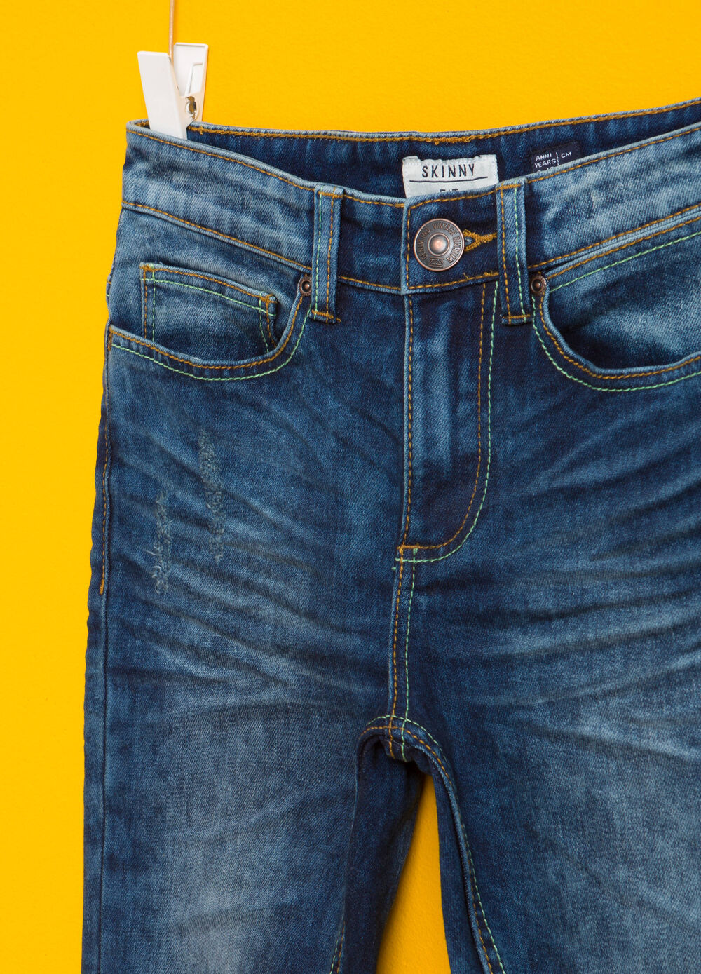 Stretch jeans with fading