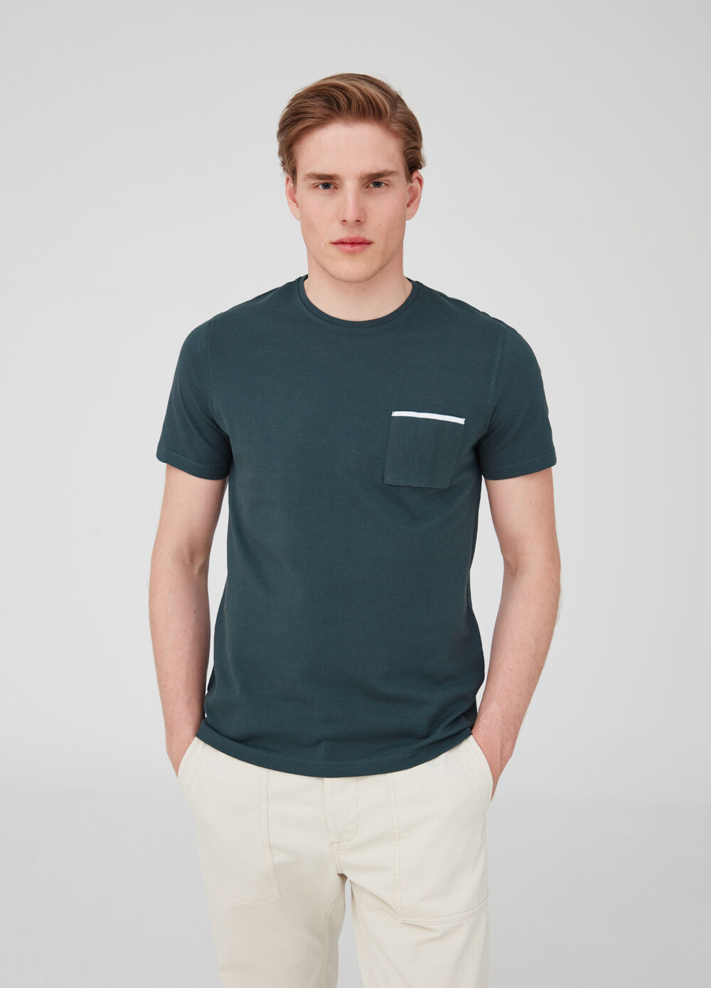 Solid colour T-shirt with piquet pocket
