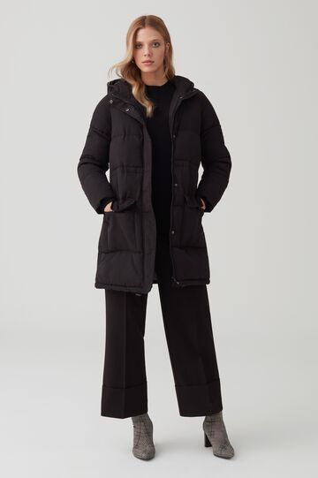Puffy jacket with hood and pockets
