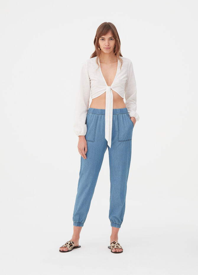 Cropped shirt with plunging V neck