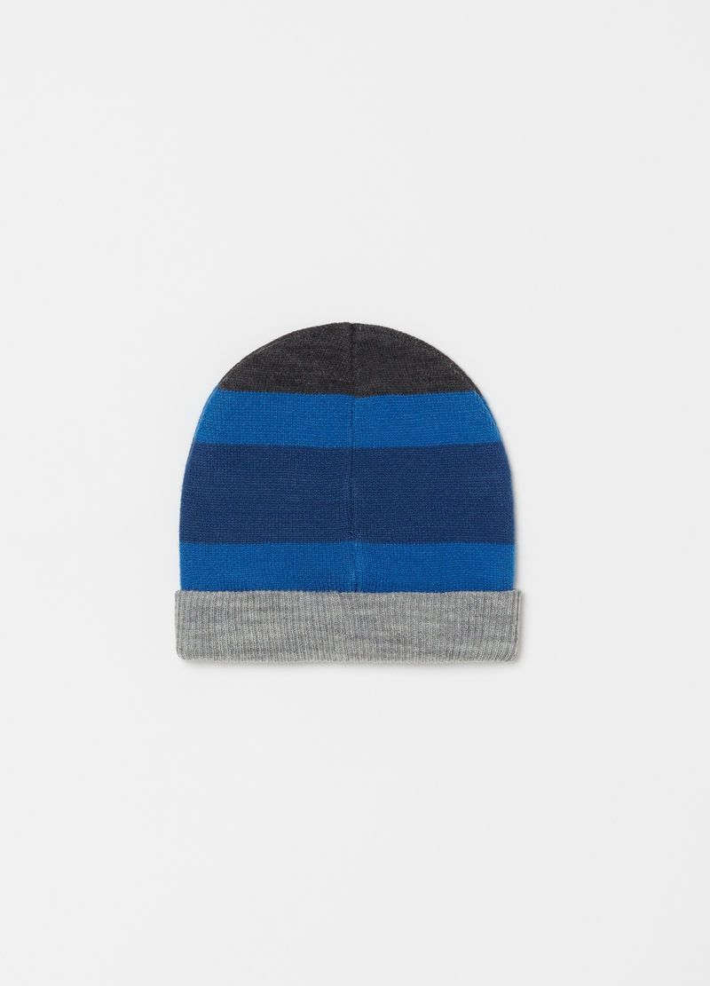 Hat with fold and striped pattern image number null