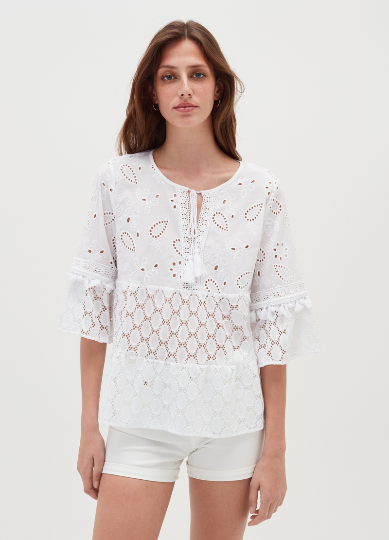 T-shirt a balze in pizzo sangallo image number null