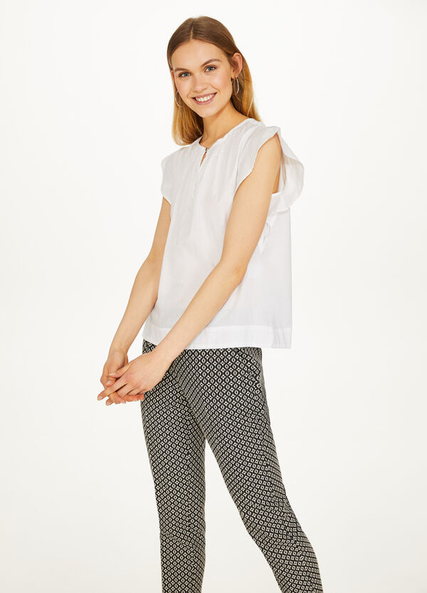 Stretch trousers with geometric pattern